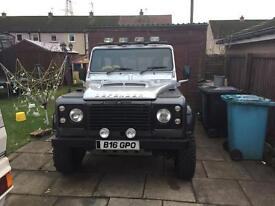 Land Rover defender 90 2.5 n/a Swap Discovery or land cruiser.
