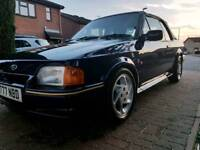 1990 escort cab xr3i se500 needs some tlc all runing and driveing as it shod everything works