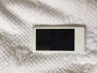 iPod Nano 16GB 7th gen white in mint condition