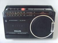 PHILIPS Portable Retro Radio