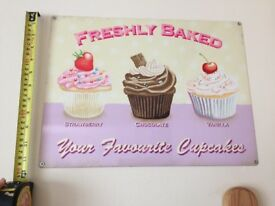Three cupcake pictures