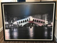 Picture of Venice by night