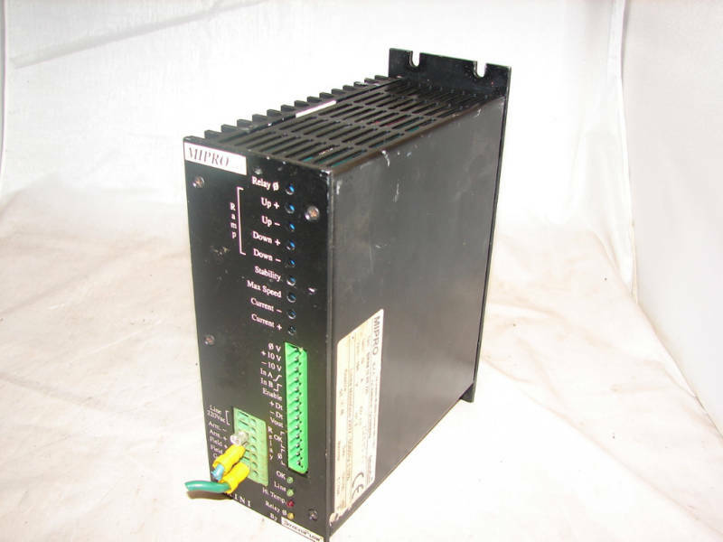 MIPRO-SYNCROFLOW BIKINI-10-RR-220 DC DRIVE ***XLNT***