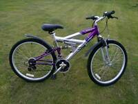 Ladies mountain bike 18in frame