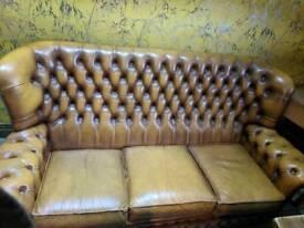 Vintage chesterfield Suite