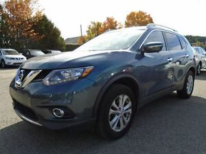 2014 Nissan Rogue SV  AIR CONDITIONNÉ