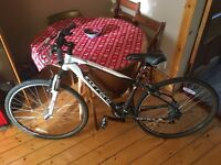 Mens Hybrid Bike (Carrera Crossfire 1 - 17 inch frame)
