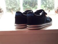 Boys UK size 11 genuine lonsdale trainers (fit more like a 10/small 11)