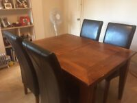 Dining room table 4/6 seater