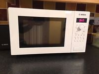 Bosch HMT75M421B_WH Microwave in White-collect only