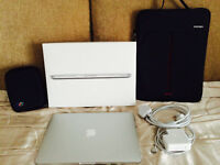 MacBook Pro Retina 13.3'' (2015) with Bundles!