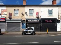 ONE BEDROOM FLAT ** IDEAL FOR A COUPLE ** AVAILABLE IMMEDIATELY **LADYPOOL ROAD**