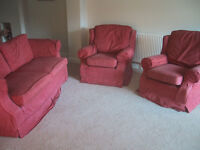 3 piece suite - Sofa, 2x Armchairs - USED