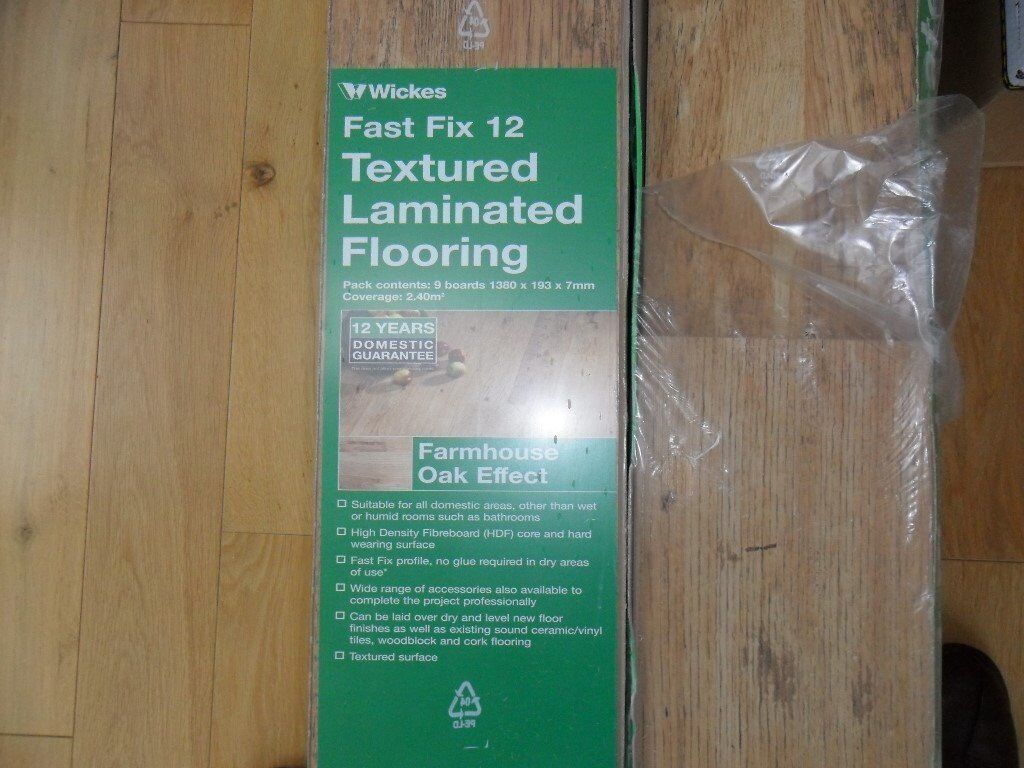Wickes 7mm Fast Fix Farmhouse Oak Laminate Flooring In Broughty