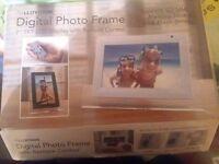 7' digital photo frame