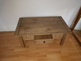 Dunhelm Mill Pine Coffee/TV Table like new