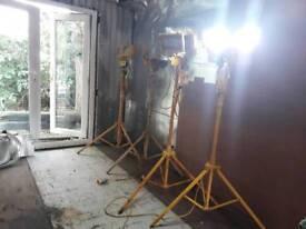 4x site halogen floodlights 110v