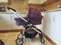 iCandy Cherry carrycot and pushchair in excellent condition for sale in Abingdon