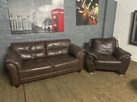 REAL LEATHER 2 PIECE SOFA 2 + 1 SET VERY COMFY GOOD CONDITION DELIVER MCR