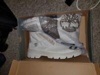Brand New White Timberland City Blazer F/L Chukka Boots Size 10