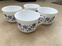 Arcopa France 'Blue Onion' Mugs