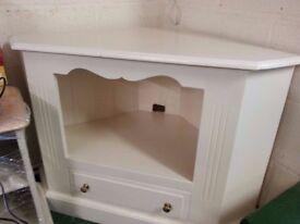 Beautiful cream painted tv corner unit