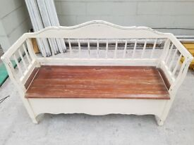 Lovely Laura Ashley Bramley bench seat, immaculate condition