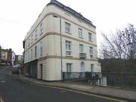 One Bedroom Third Floor Flat in Tiverton, close to river with views over town