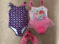 Girls swimsuit size 4-5 years