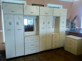 5 Piece Set, Bedroom Suite, wardrobes, dressing table, drawers