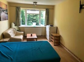 Double Room for for Rent for a Single Occupancy