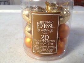 Christmas Xmas Baubles gold 1 inch 30mm. Pack of 20 x 48. Shatterproof. BARGAIN