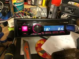 Alpine car stereo with Bluetooth