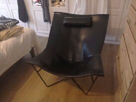 Beautiful black leather habitat leather chair