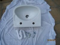 Small bathroom ceramic white sink 440x310mm