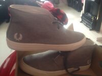 Men grey Fred perry shoe size 11