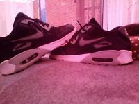 Nike Max Trainers in very good condition