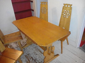 Kitchen / dining table with 4 chairs for sale