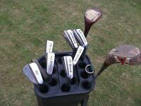 Set of Golf Clubs and Golf Bag