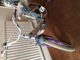 "16"" Disney Frozen Bike - Excellent Condition - 1 year old, fantastic gift"