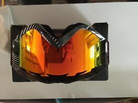 Annon snowboarding goggles brand new and boxed