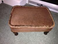 Small draylon foot stool