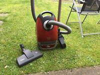 Miele TT5000 Dog Cat Vacuum Cleaner - Spares/Repairs