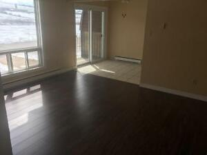 FULLY RENOVATED - 2 Bedroom w/ balcony -  Sussex