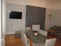 Holiday / Short Term /Baker St / central London/ A very spacious 2 bedroom apartment,sleeps 4 – 6
