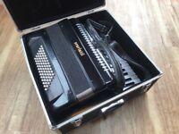 Scarlatti Piano Accordion, 72 Bass, 34 treble keys, 5 registers in black