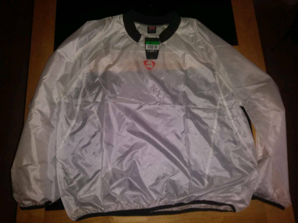 Nike waterproof football training top XL  446940795