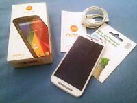 BNIB Unlocked White Moto Android Smartphone