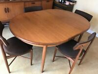 RARE VINTAGE G PLAN EXTENDABLE DINING ROOM TEAK SUITE 4 CHAIRS AND SIDEBOARD WITH COCKTAIL CABINET