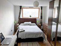 Large Double Bedroom Ensuite - SE5 - £865/mo